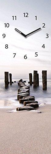 Wanduhr aus Glas, Path to Silky Sky, Strand mit Holzpfählen, 20x60 cm von Eurographics - 1