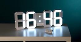 Lunartec Jumbo LED Uhr: Digitale XXL-LED-Tisch- & Wanduhr, 45 cm, dimmbar, Wecker, Fernbedien. (Wand-Uhren) - 7